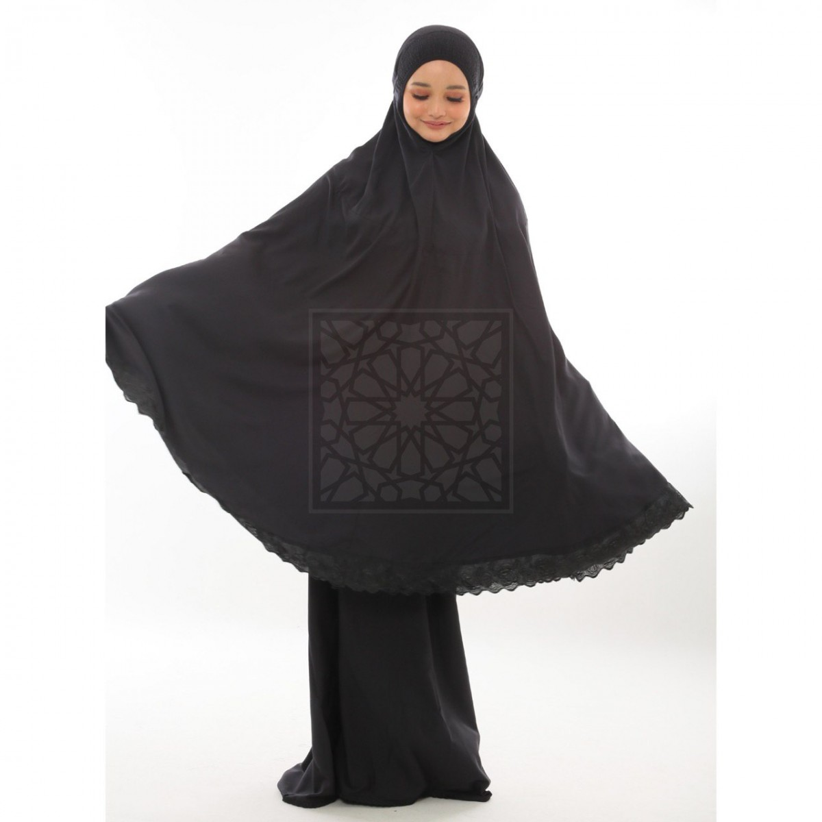 TravelMate Al-Baraqah Black