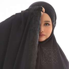 TravelMate Al-Baraqah Black